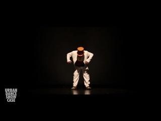 Нереальный танец реального японца